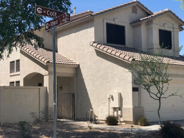 587 W COLT Road, Chandler, AZ 85225