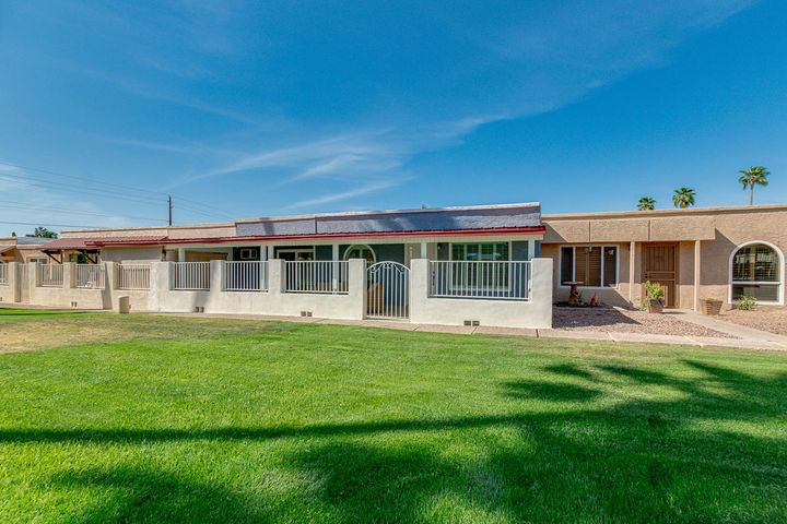 2205 N RECKER Road, Mesa, AZ 85215