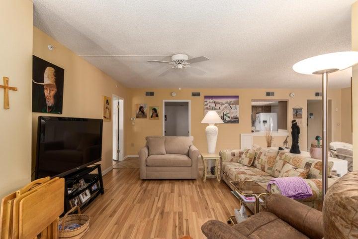 10330 W Thunderbird Boulevard, C207, Sun City, AZ 85351