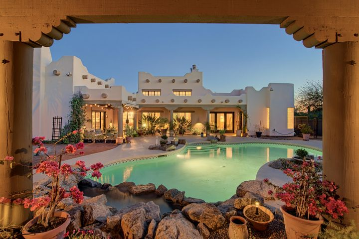 8214 E WHISPERING WIND Drive, Scottsdale, AZ 85255