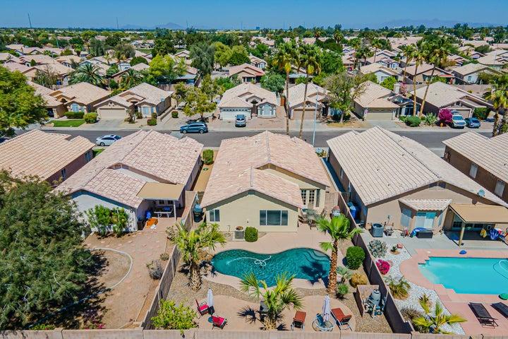 731 E PARK Avenue, Chandler, AZ 85225