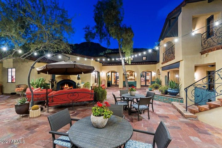 5730 E Joshua Tree Lane, Paradise Valley, AZ 85253