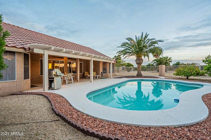 16172 W SENTINEL Drive, Sun City West, AZ 85375