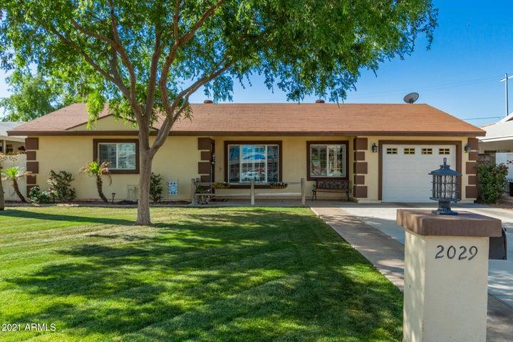 2029 E CLARENDON Avenue, Phoenix, AZ 85016