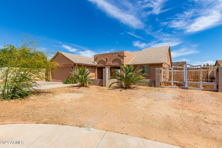 11815 N 78TH Avenue, Peoria, AZ 85345
