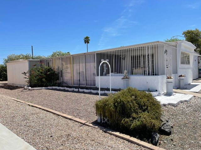 2221 N SHANNON Way, Mesa, AZ 85215