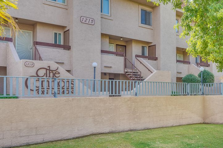 Location, Location, Location. Charming townhouse walking distance to ASU.