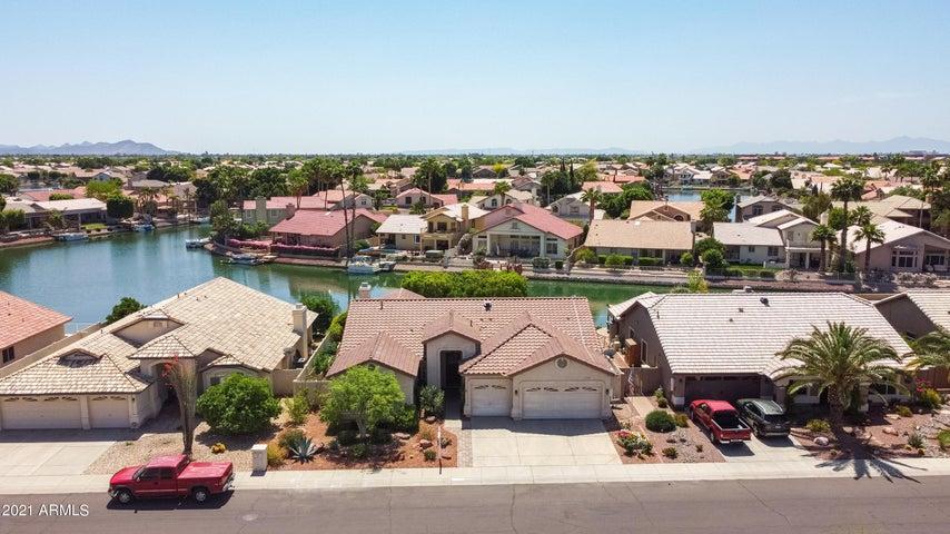 5547 W LONE CACTUS Drive, Glendale, AZ 85308