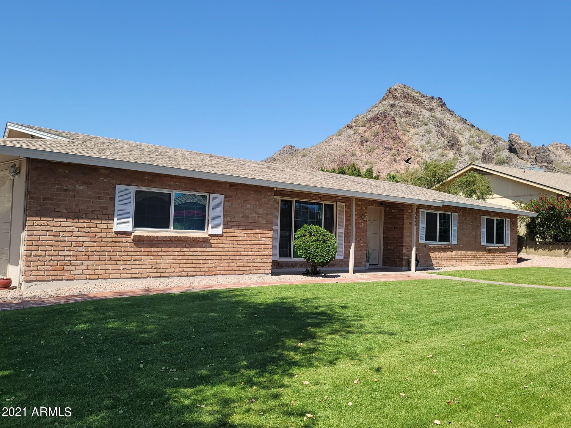2230 E LINCOLN Drive, Phoenix, AZ 85016