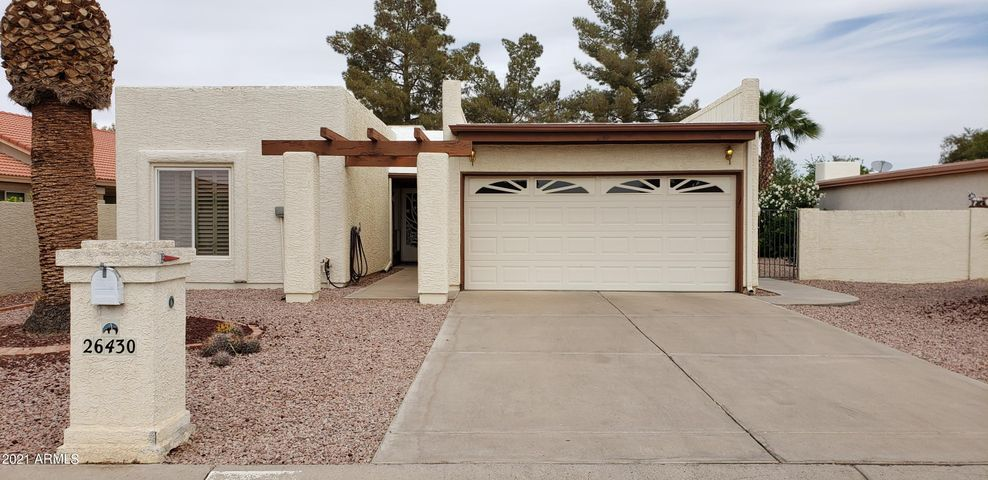 26430 S GREENCASTLE Drive, Sun Lakes, AZ 85248