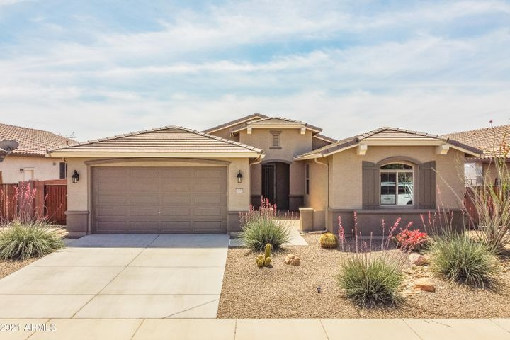 135 W YELLOW WOOD Avenue, Queen Creek, AZ 85140