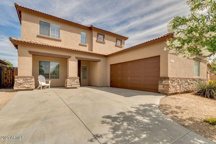 582 E Bartlett Way, Chandler, AZ 85249