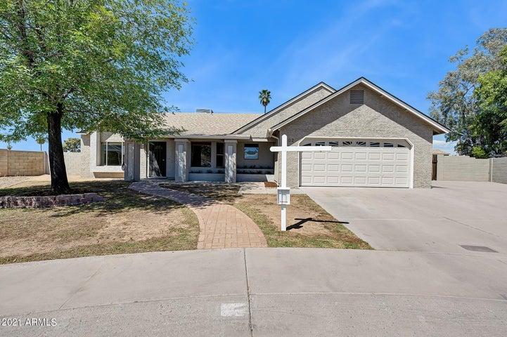 902 E KERRY Lane, Phoenix, AZ 85024