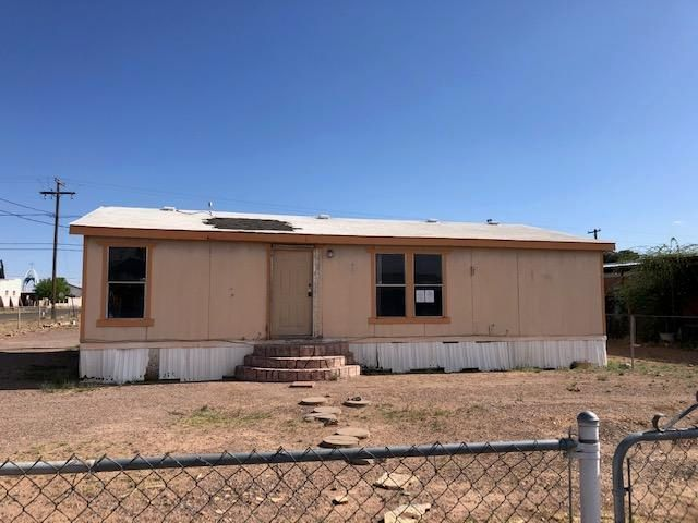 2436 N MCKINLEY Street, Pirtleville, AZ 85626