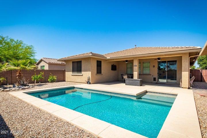28065 N WELTON Place, San Tan Valley, AZ 85143