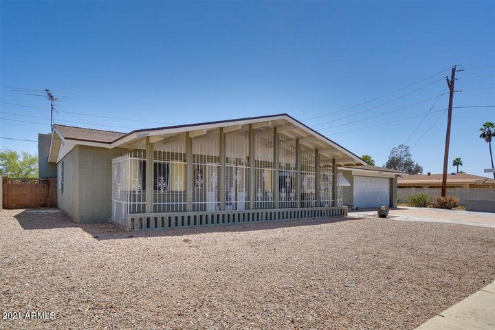 6037 W ELM Street, Phoenix, AZ 85033