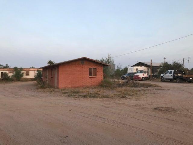 851 S John Wayne Parkway, Maricopa, AZ 85138