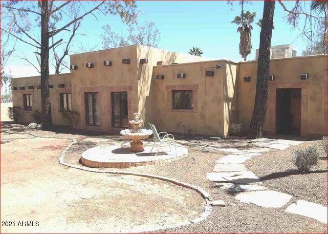 6439 S 32ND Street, Phoenix, AZ 85042