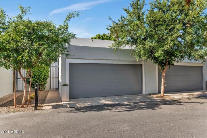 3251 E CAMELBACK Road, Phoenix, AZ 85018