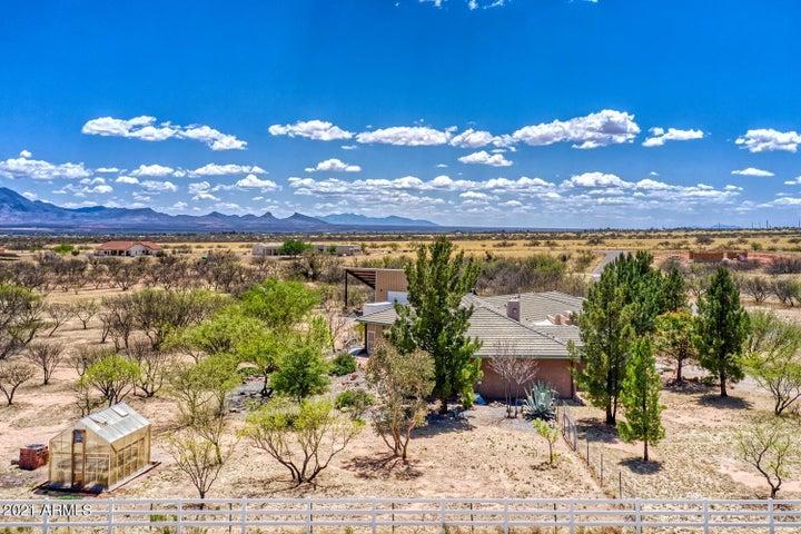 9499 S SPRINGTAIL Drive, Hereford, AZ 85615