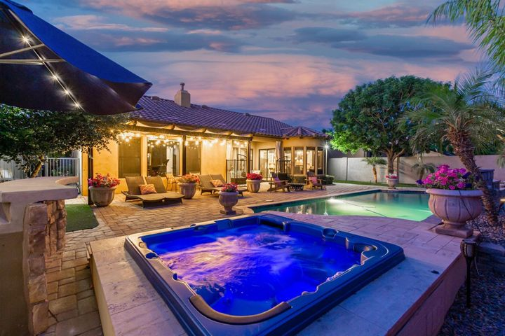 Beautiful multi jet spa and pool.