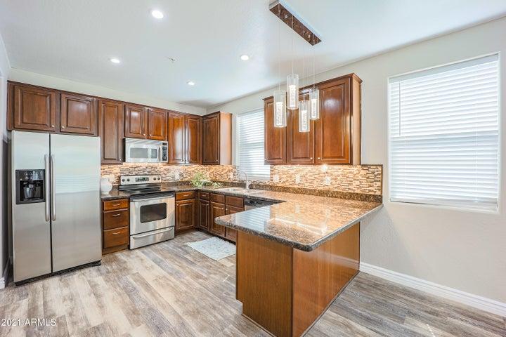 610 E ROOSEVELT Street, 134, Phoenix, AZ 85004