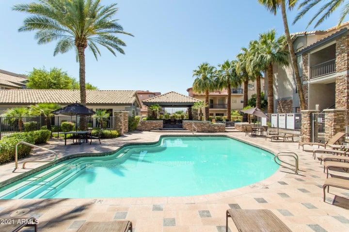 2025 E CAMPBELL Avenue, 301, Phoenix, AZ 85016