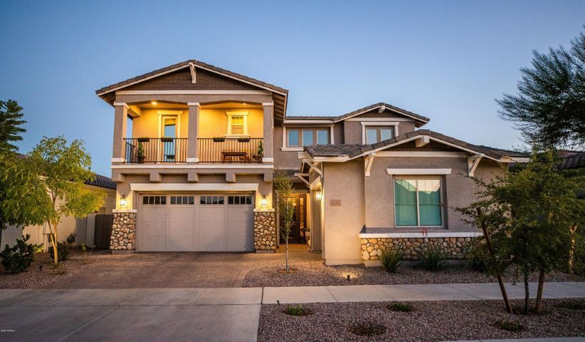 10351 E KINETIC Drive, Mesa, AZ 85212