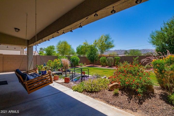 735 E GARY Lane, Phoenix, AZ 85042