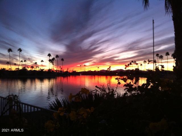9929 W CAMEO Drive, Sun City, AZ 85351
