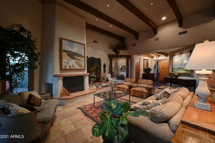 37802 N STIRRUP Circle, Carefree, AZ 85377