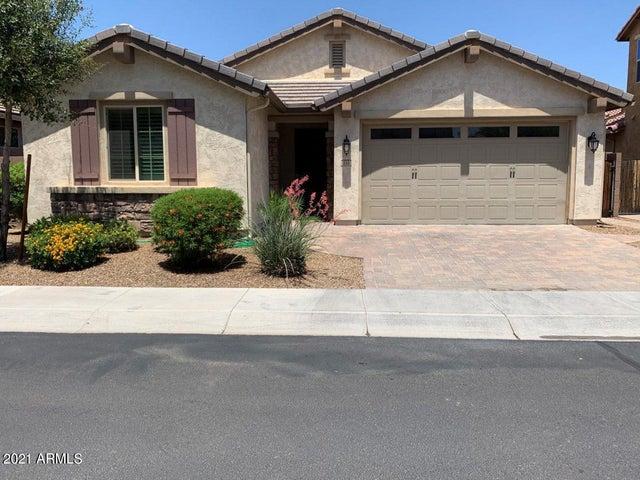 134 E PRESCOTT Drive, Chandler, AZ 85249