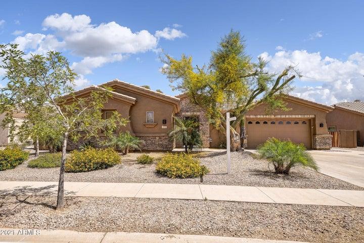 4555 E TIMBERLINE Court, Gilbert, AZ 85297