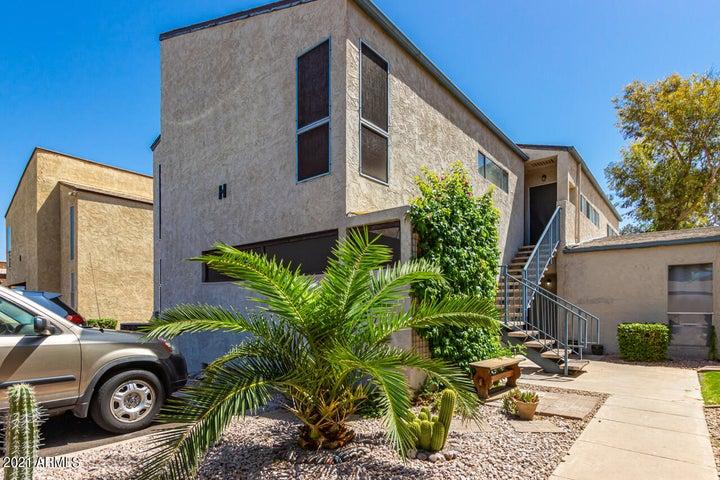 2681 E SILK OAK Drive, Tempe, AZ 85281