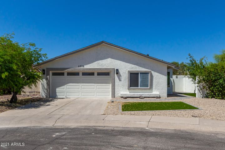 6916 E KINGS Avenue, Scottsdale, AZ 85254