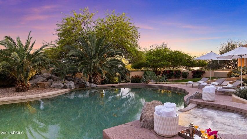 8259 E ALAMEDA Road, Scottsdale, AZ 85255