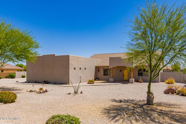 18403 W BETHANY HOME Road, Litchfield Park, AZ 85340