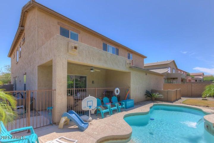 8340 W STAGHORN Road, Peoria, AZ 85383