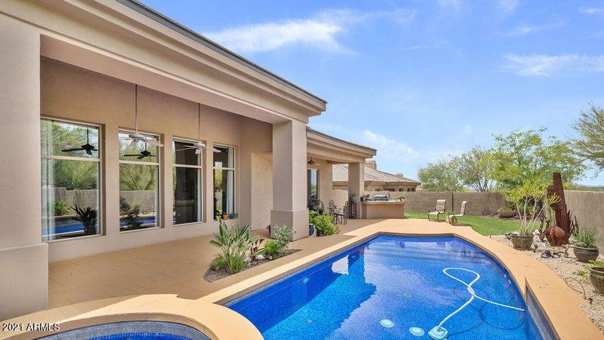 11040 E KAREN Drive, Scottsdale, AZ 85255