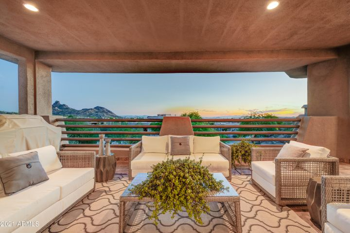 Large Covered Patio with Mountain Views