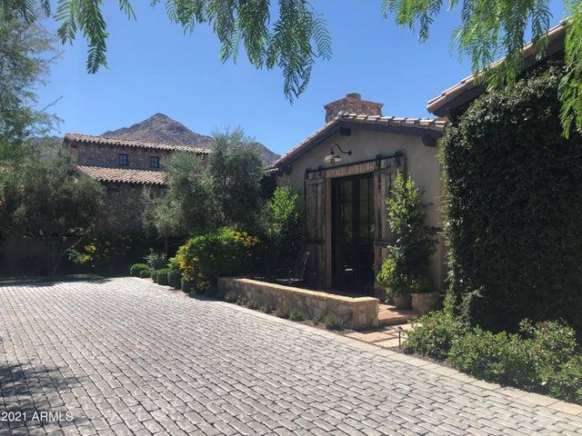 10863 E Mountain Spring Road, Scottsdale, AZ 85255