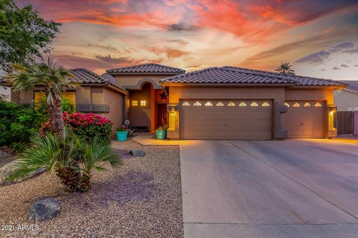 118 N Joshua Tree Lane, Gilbert, AZ 85234