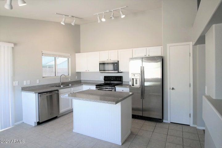 3039 W ABRAHAM Lane, Phoenix, AZ 85027