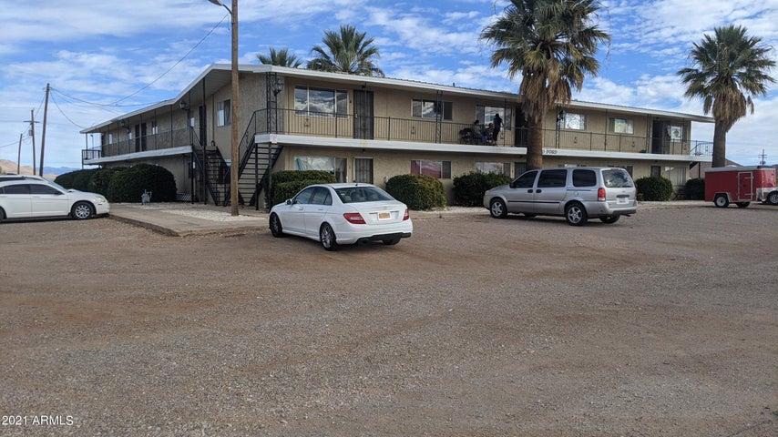110 N FORD Street, 13, Pearce, AZ 85625
