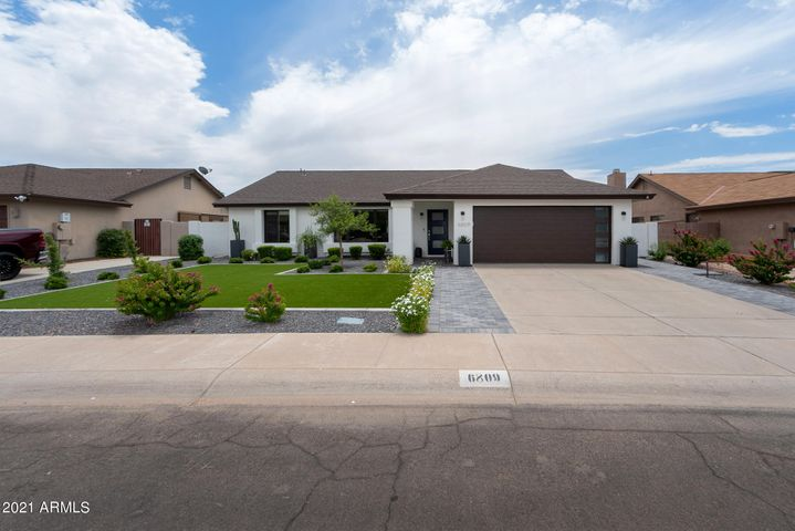 6809 E KELTON Lane, Scottsdale, AZ 85254