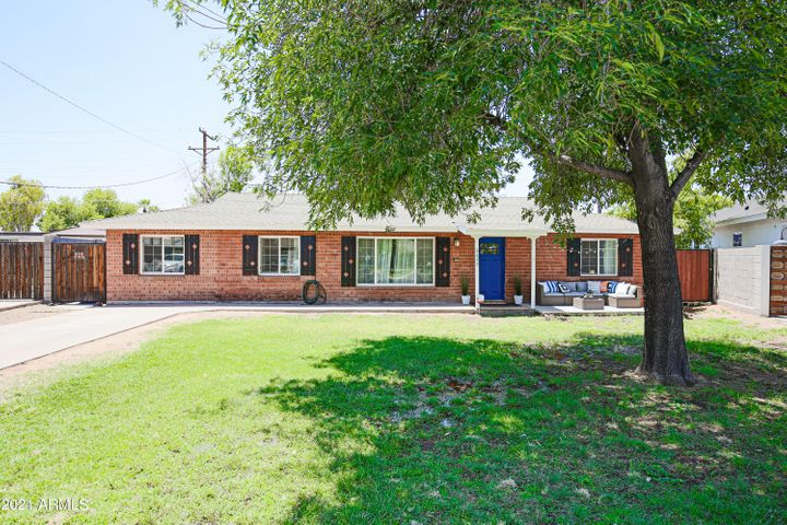 3623 E WELDON Avenue, Phoenix, AZ 85018
