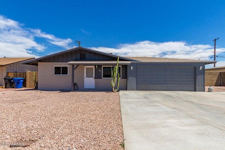 945 N WEDGEWOOD Drive, Mesa, AZ 85203
