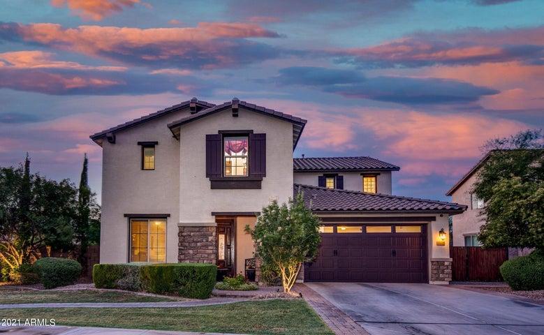 702 W SAN CARLOS Way, Chandler, AZ 85248