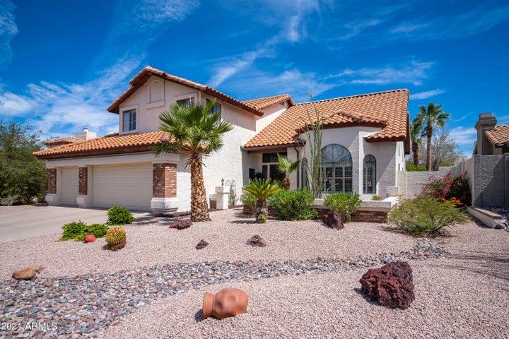 6236 E SADDLEBACK Street, Mesa, AZ 85215