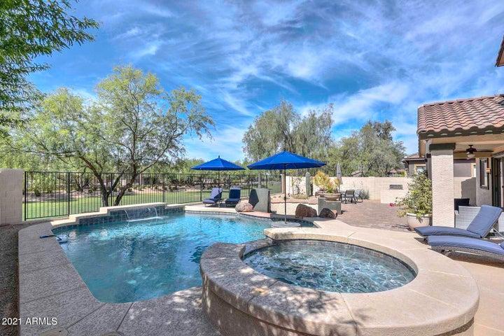 2343 W ALOE VERA Drive, Phoenix, AZ 85085
